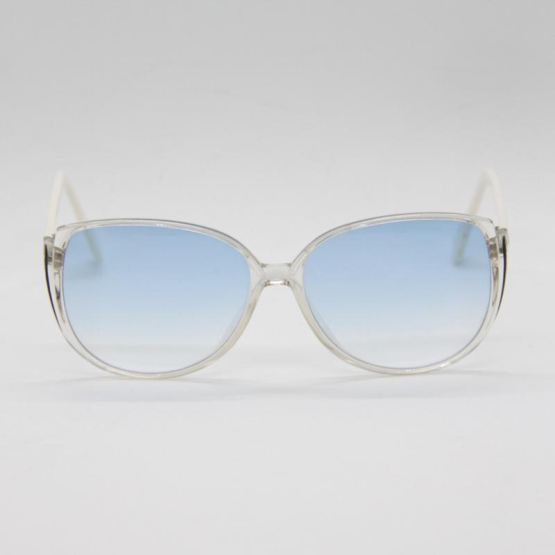 c275c03eb180 Tanken om at du er den eneste der bærer netop denne brille